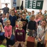 Předškoláci u páťáků ve škole